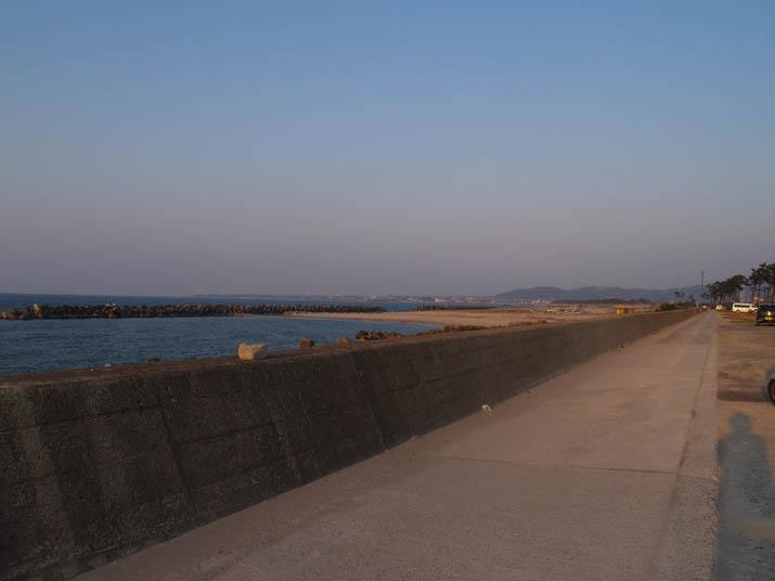 110331 夕方の海岸.jpg