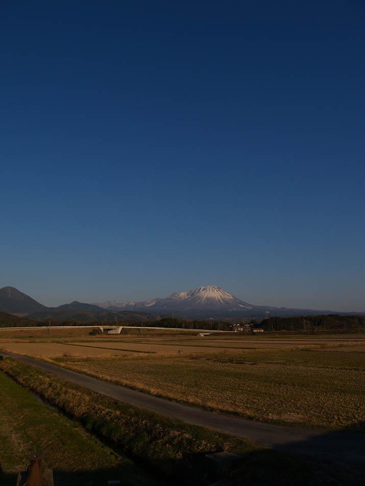 110405 春の大山.jpg