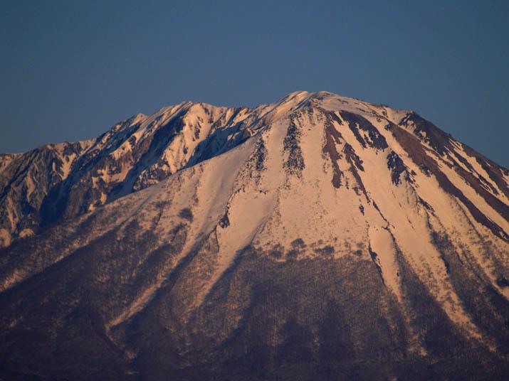 110405 大山山頂部分.jpg
