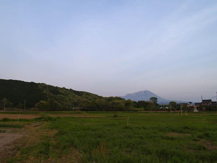 110504 壺瓶山と大山.jpg