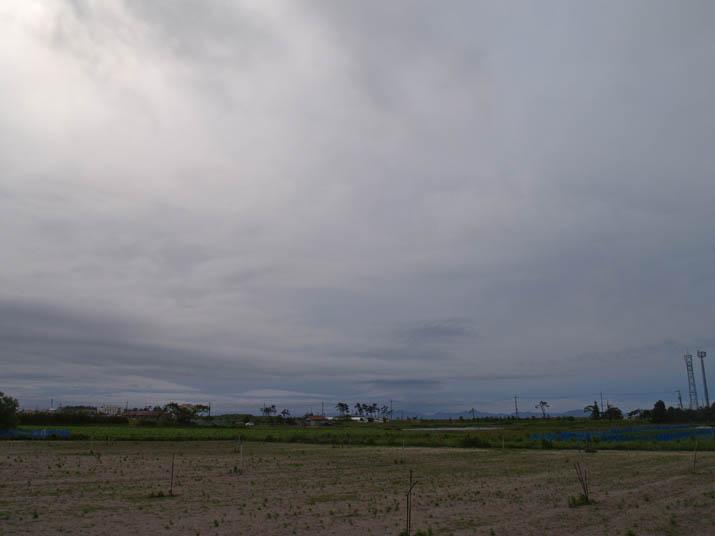 110531 美保湾沿いの雲.jpg