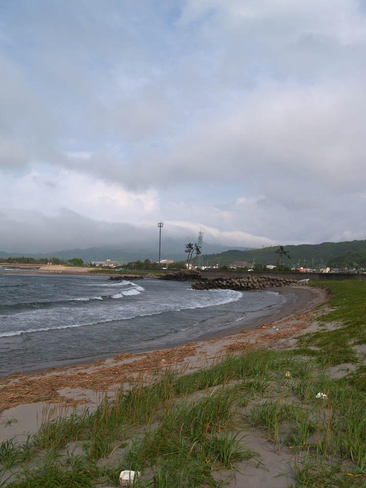 110625 淀江の海岸と大山.jpg