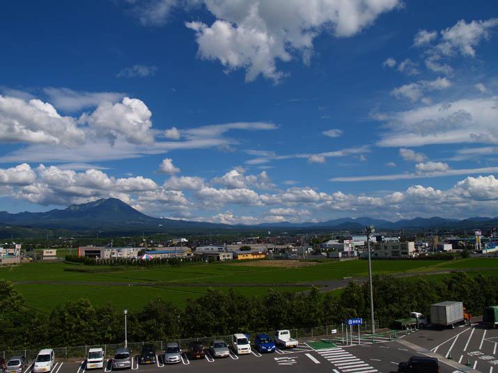 110709 大山と青空と・・.jpg