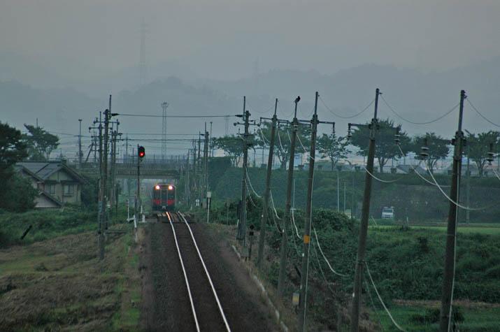 110730 伯耆大山を出発した普通列車.jpg