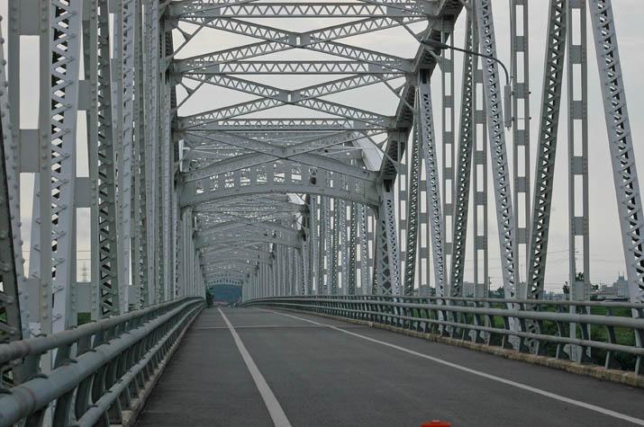 110801 日野川に掛かる日野橋.jpg