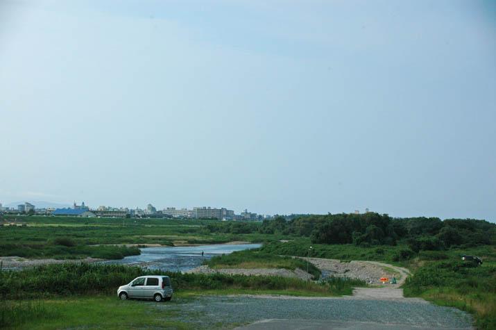 110802 日野川の河原.jpg