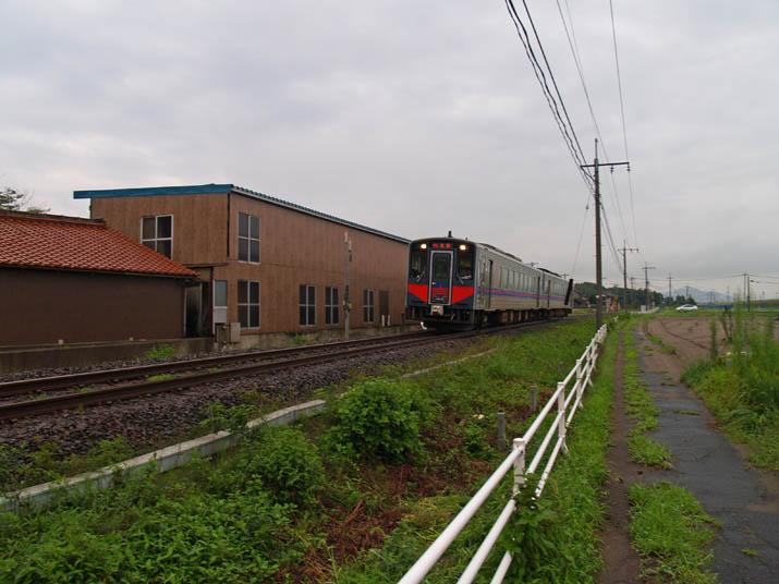 110823 鳥取行きの普通列車.jpg