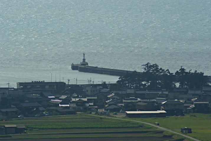 110902 淀江漁港の灯台.jpg