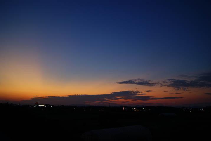 110907 日没後の空.jpg