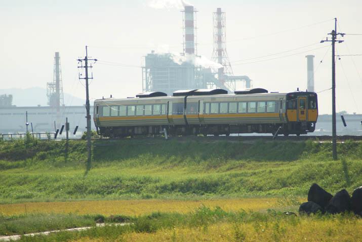 110912 山陰線の特急列車.jpg