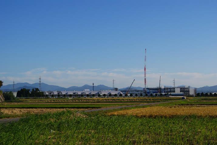 111005 建設中のコンデンサー用セパレータ工場.jpg