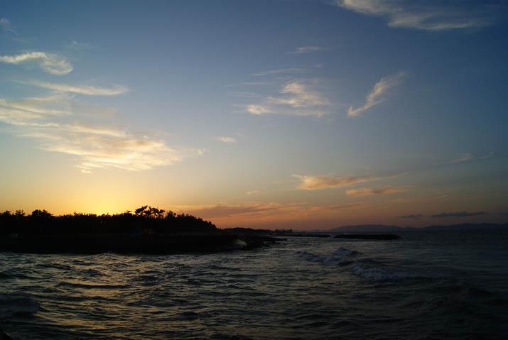 111027 日没前の美保湾海岸.jpg