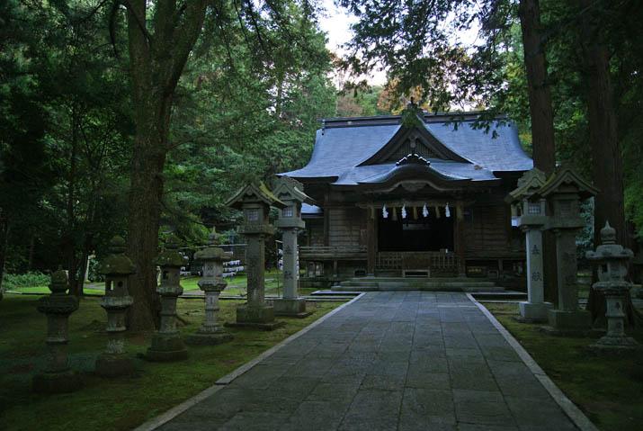 111104 日吉神社 本殿.jpg