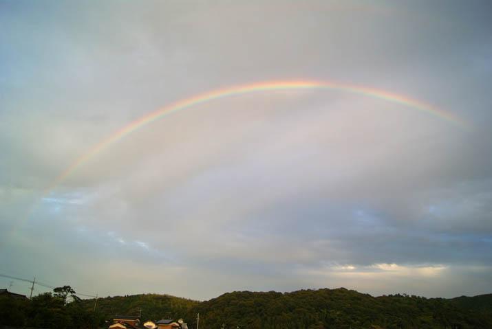 111111 壺瓶山に虹の橋.jpg
