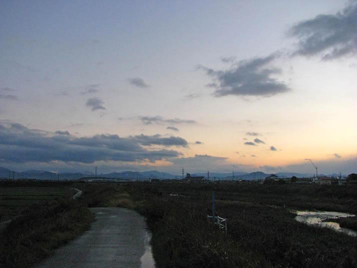 111217 日没前の空.jpg