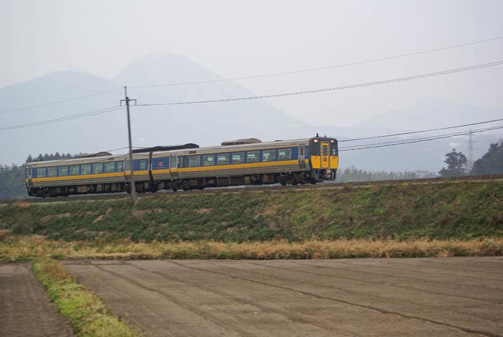 120110 鳥取から米子へ 特急列車.jpg
