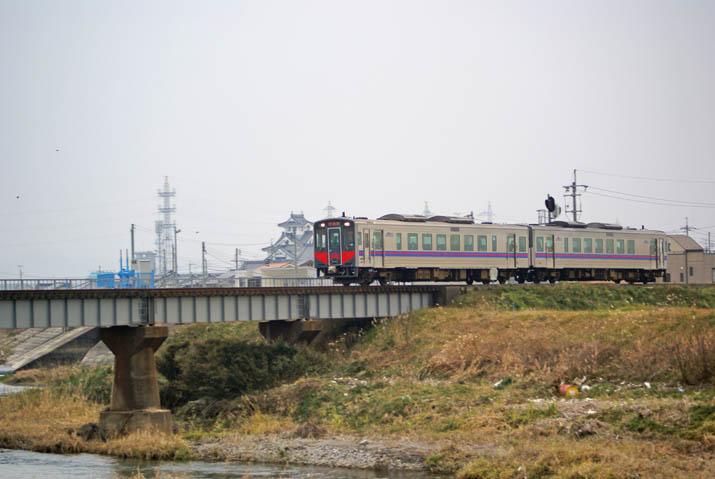 120110 鳥取行きの山陰線列車.jpg