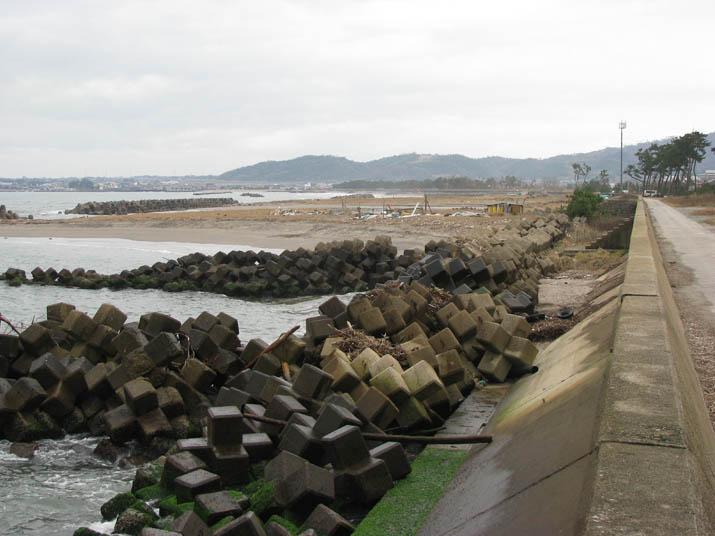 120116 淀江の海岸線.jpg
