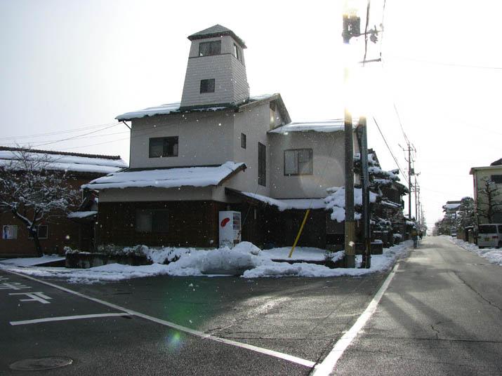 120208 小波浜公民館前の雪.jpg