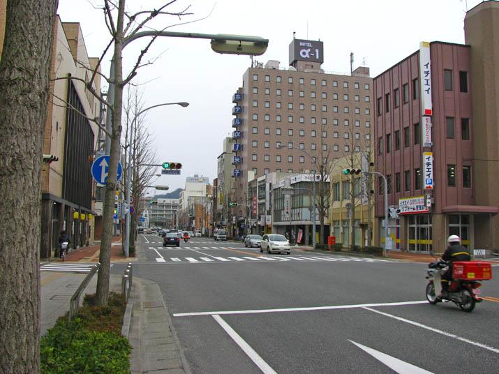 120308 米子駅前の大通り.jpg