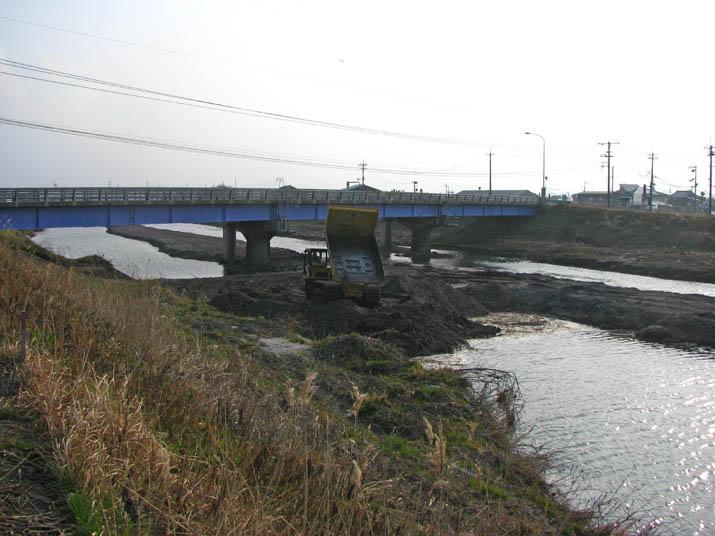 120309 工事中の佐陀川.jpg