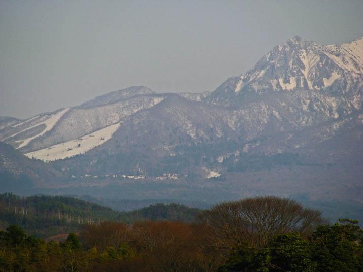 120405 大山とスキー場周辺.jpg