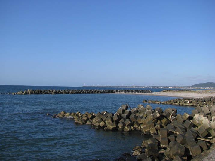 120414 美保湾の海岸線 淀江.jpg