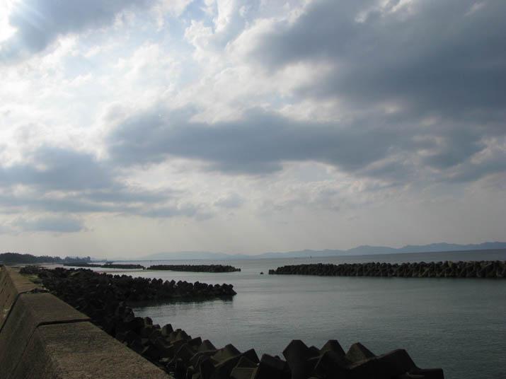 120416 穏やかな佐陀の海岸.jpg