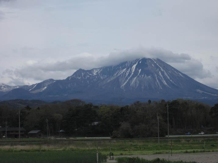 120421 午後の大山.jpg