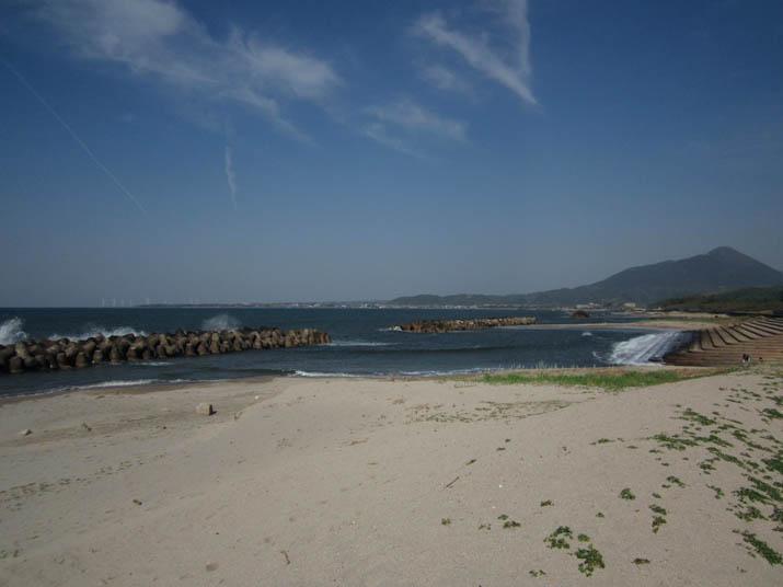 120506 青い空と海岸線.jpg