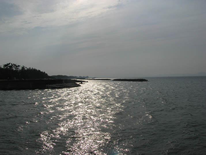 120526 ギラギラの海岸.jpg