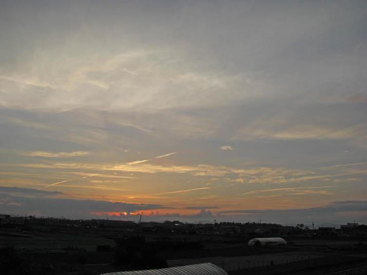 120620 日没前の空.jpg
