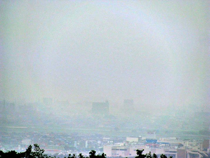 120713 白く煙る米子市.jpg