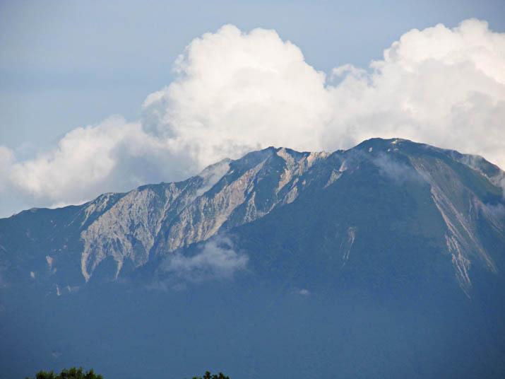 120721 大山の山頂部.jpg