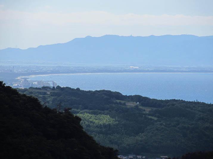 120802 淀江の果樹園地帯から弓ヶ浜.jpg