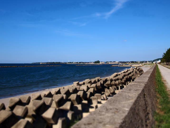 120825 淀江町の海岸線.jpg