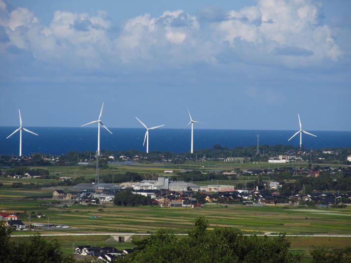121003 大山町の風車.jpg