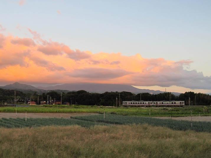 121004 夕焼け雲と大山.jpg