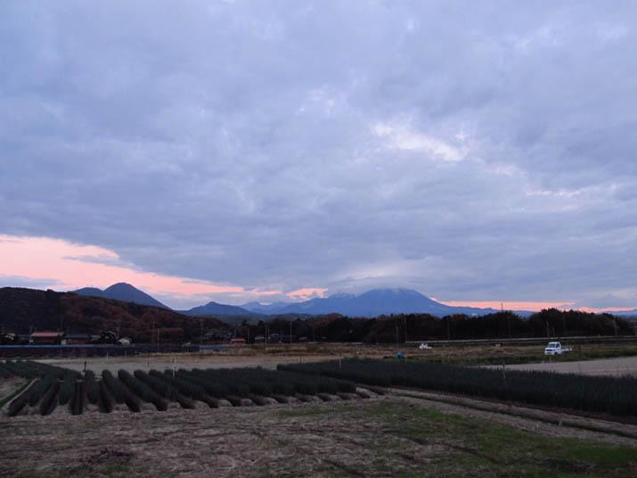 121127 雲の多い空.jpg