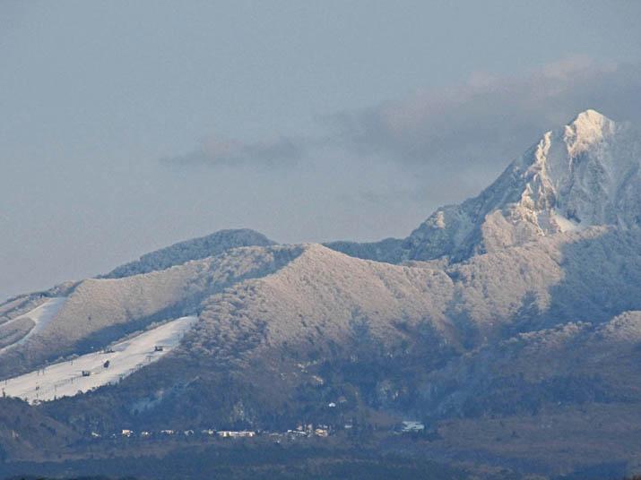 121207 大山スキー場と町並み.jpg