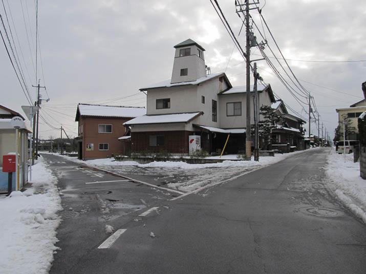 130104 小波浜公民館前の雪.jpg