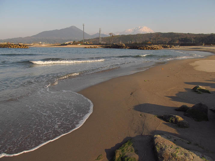 130305 海岸と大山.jpg