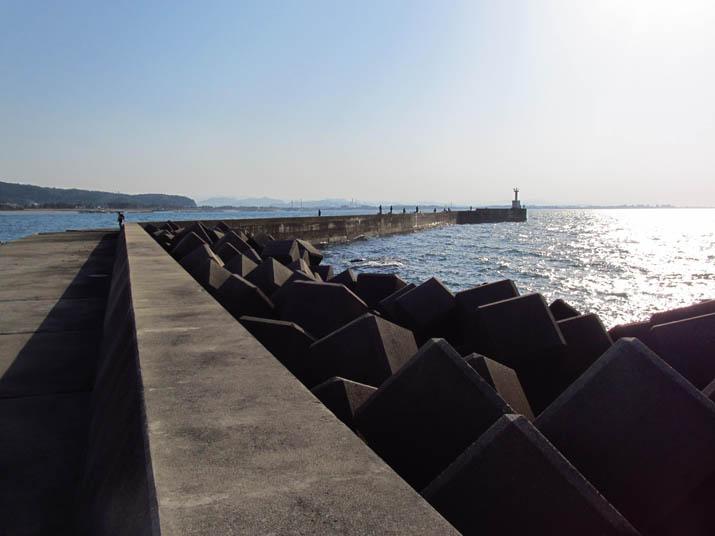 130424 淀江漁港の灯台.jpg