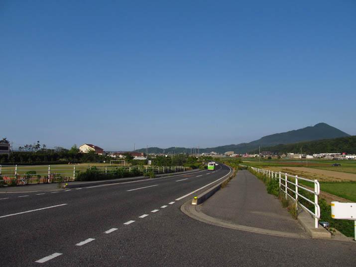 130604 海岸沿いの道路.jpg