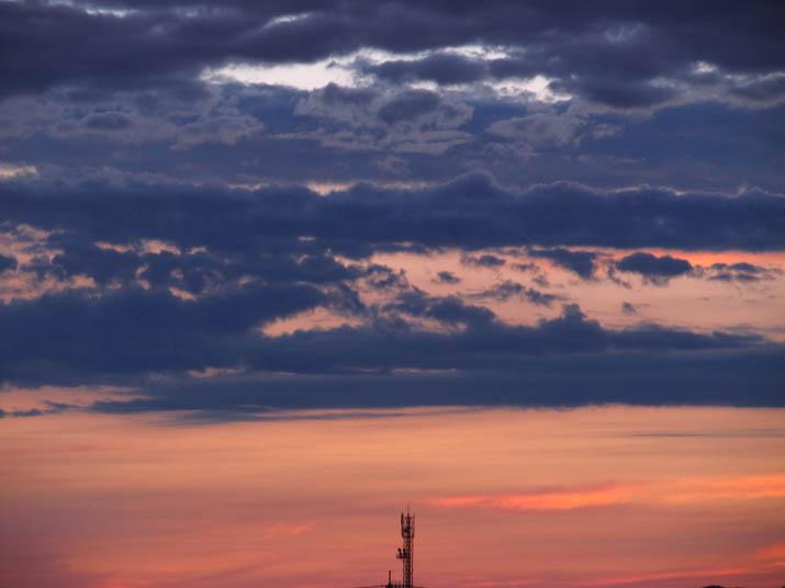 130703 雲の境.jpg