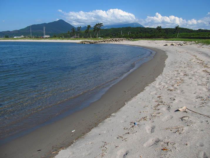 130709 砂浜と海.jpg