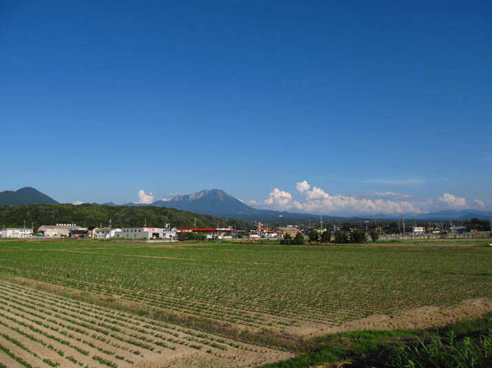130711 青空と大山.jpg