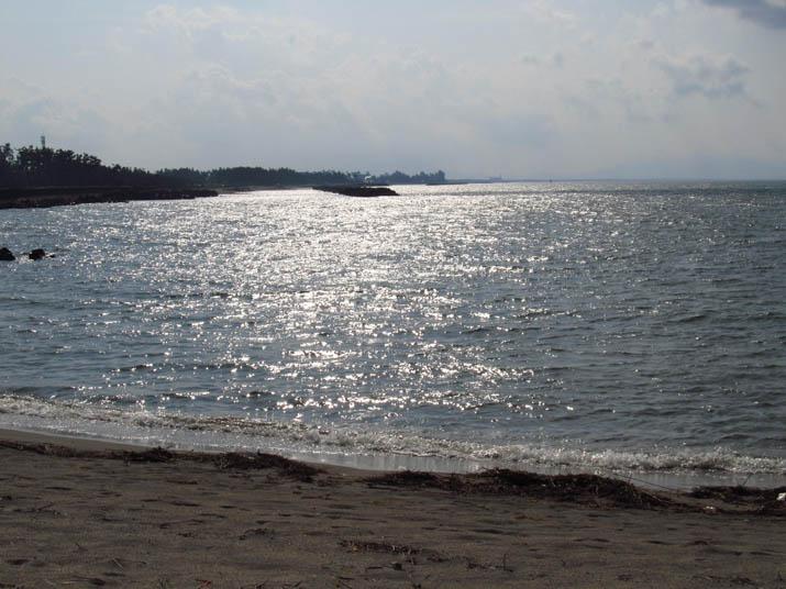 130718 光る海と遠くの皆生.jpg