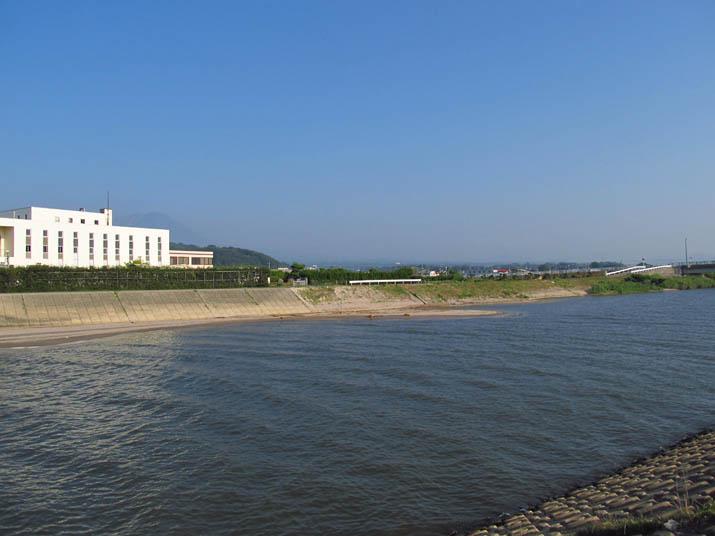 130812 佐陀川と下水処理場.jpg