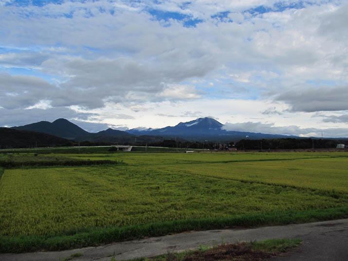 130904 大山と田園.jpg